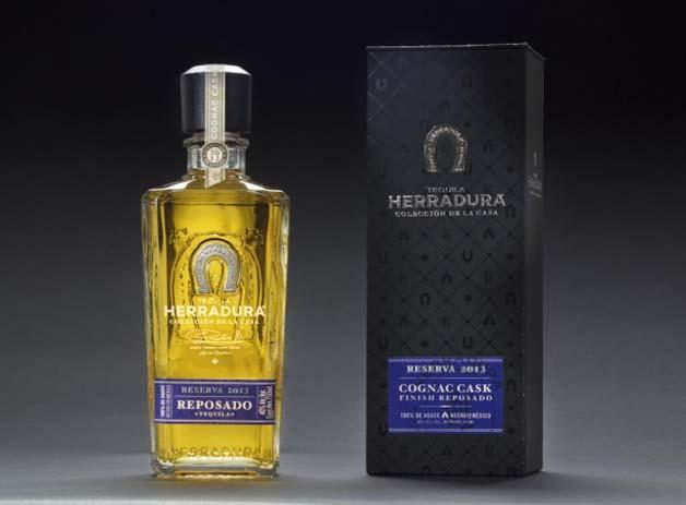 TEQUILA HERRADURA PRODUCT SHOT